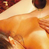 http://www.casasakra.pt/wp-content/uploads/2016/06/massagem-ayurvedica3-200x200.jpg